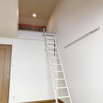 【洋室7.5帖】ですので天井高もありますよね。