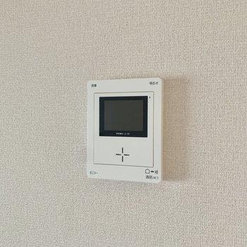 【DK】安心のモニター付きインターホン。