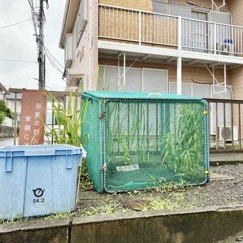 敷地内にゴミ置き場があるのは便利ですね。