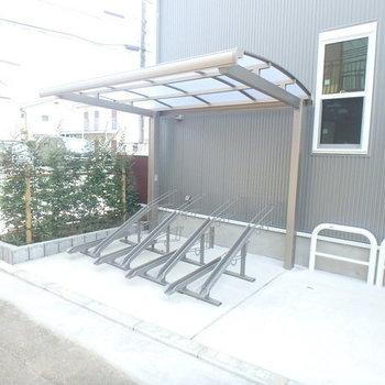 【駐輪場】屋根付きです