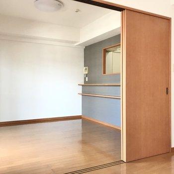 引き戸を閉めれば個室感もしっかり出ますね