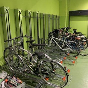自転車置き場もあります。※空き要確認