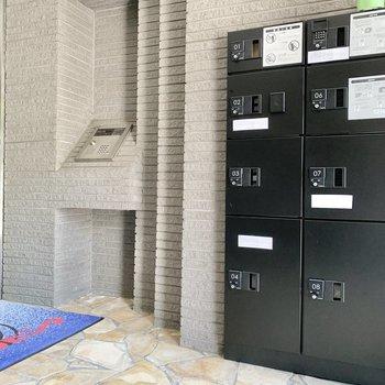 宅配ボックス・オートロック完備されています。