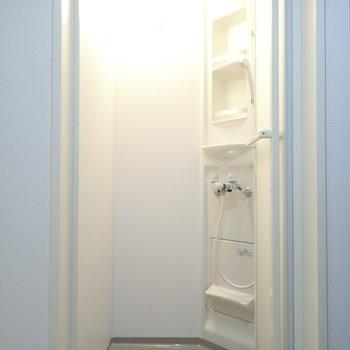 シャワーのみ!近くには銭湯がありますよ!