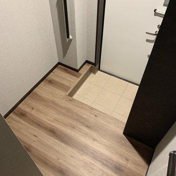 玄関はゆったりめ。