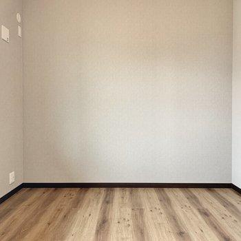 【1階洋室】最後の洋室へ。