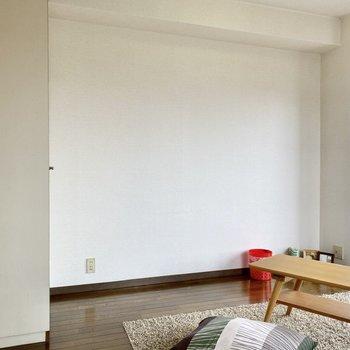 木製家具など、ナチュラルなインテリアが似合いそう。※写真の家具はサンプルです