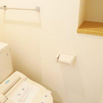 トイレは飾り棚付き。なにおこうかな〜※写真は前回募集時のもの