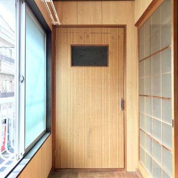 【2階納戸】キッチン同様南向きで、とっても明るいです!サンルームにもぴったり!