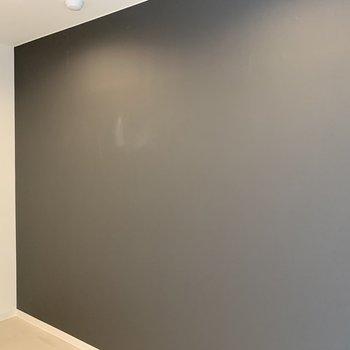 こちらは黒板ではありませんよ〜!笑※写真は内装前のものです