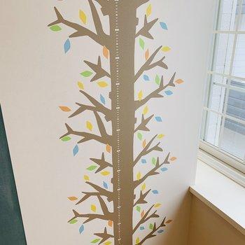 ただの木ではなく、身長が測れるクロスなんです◎かわいい〜♪※写真は内装前のものです