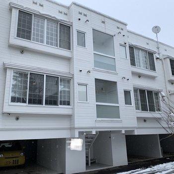 3階のお部屋です。格子窓だ♪