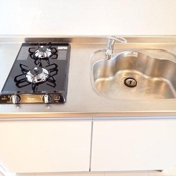 シンクボードで調理スペースは確保!