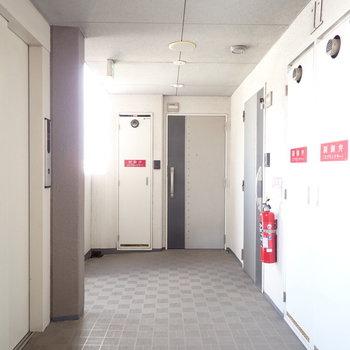 共用部】風通しのいい廊下です!