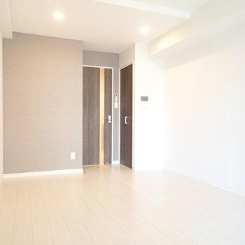 白黒で家具をそろえてもよさそう!