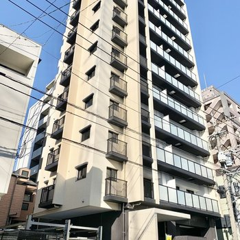 12階建ての新築マンションです!