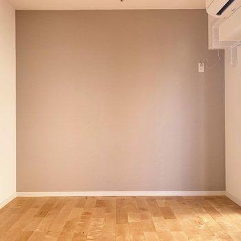 優しい色合いのバーチ材がお部屋の印象を爽やかに◎