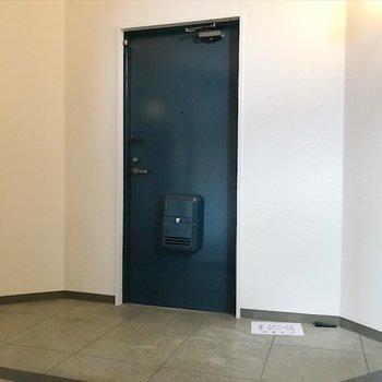 玄関はとっても広い!