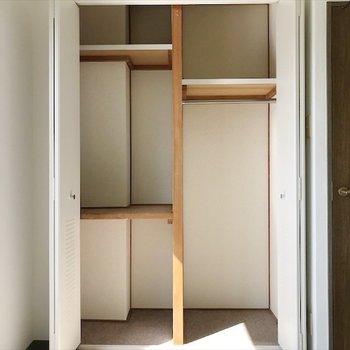 3階の洋室②】しっかり整理整頓できそう!