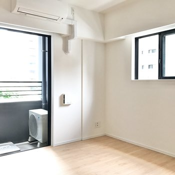 【LDK】2面採光で明るいお部屋です。