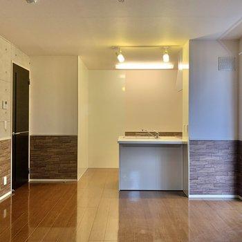 【LDK】キッチンを覗いてみましょう。