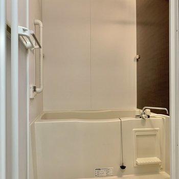 浴室乾燥機、追焚付きのお風呂。