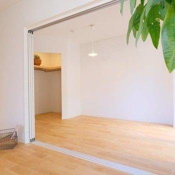 【イメージ】扉を閉めれば、書斎や子供部屋など、もう一つのお部屋として使うこともできます。