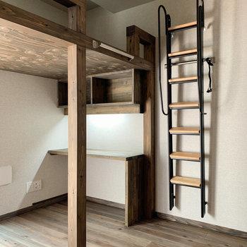 ロフトはしごは、壁に寄せることもできますよ〜