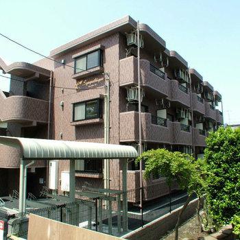 鉄筋コンクリート造の建物です