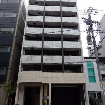 国際センター駅にほど近いマンション。2016年築です!
