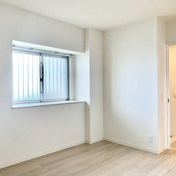 玄関側の6.2帖の洋室は子供部屋に。