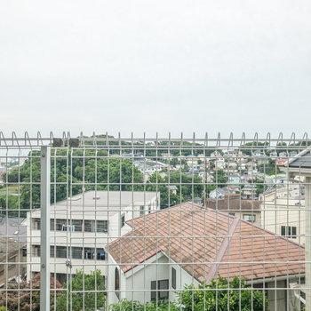 高台にあるので眺めはいいですよ。