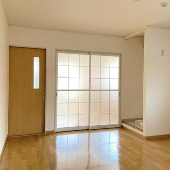 【DK】もちろん各居室とは扉で仕切ることができますよ。