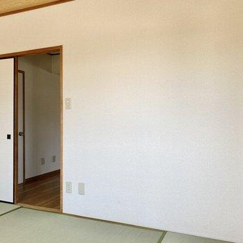 【和室】井草と白壁の色合いは北欧系の家具にも好相性なんですよ!