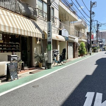 お部屋の近くは閑静な住宅街。