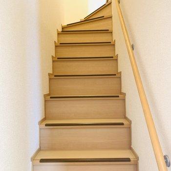 階段には滑り止めがついているので小さなお子さんでも安心◎