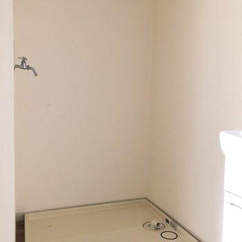 お風呂、洗面台、洗濯機置場は ぎゅぎゅっとまとまって動線も◎