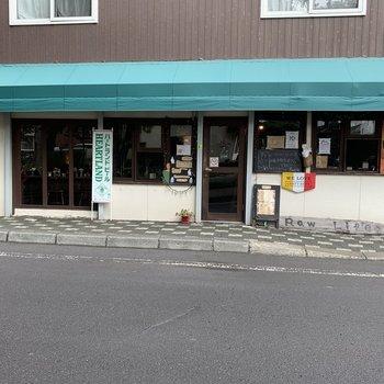 ご近所に雰囲気のよいカフェ発見