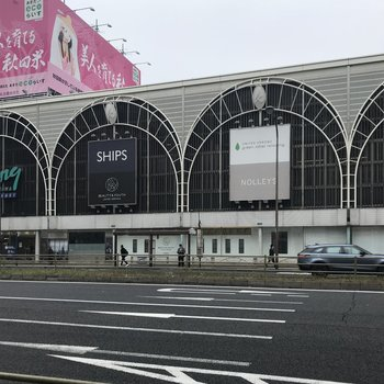 品川駅と直結した商業施設も。