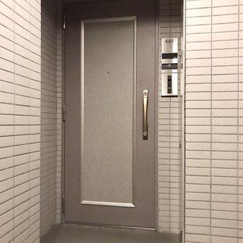 ひとつのフロアに3部屋あります