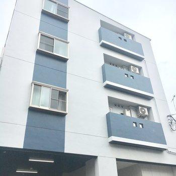 4階建ての4階のお部屋です