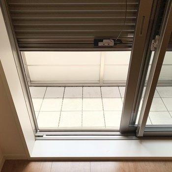 こちらの掃き出し窓にもシャッター付でした。