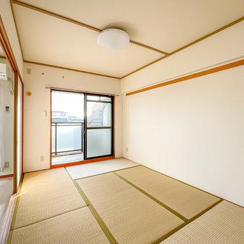 和室は6帖。畳だから安心して子どもを遊ばせてあげられますね。