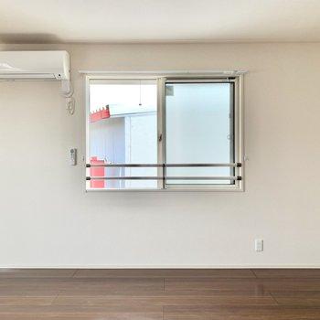 【LDK】ダイニングテーブルは窓の前に置こうかなぁ。