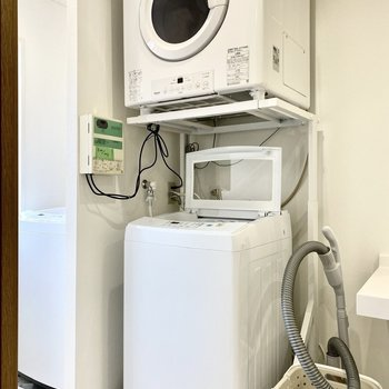 洗濯機は1階にはなく、2.3階にあります。