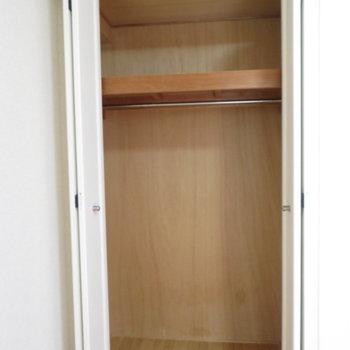 クローゼットは少し小さめ(※写真は5階同間取り別部屋のものです)