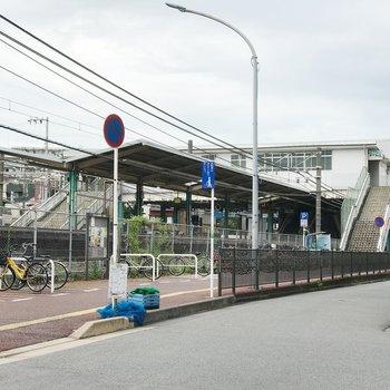 千葉駅のお隣、東千葉駅が最寄りです