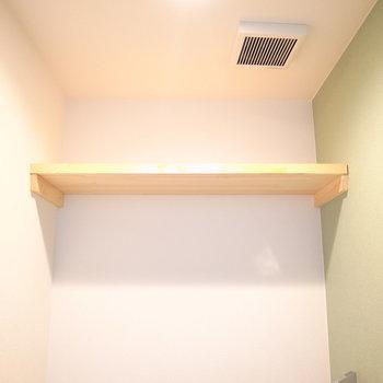 木製のナチュラルな収納棚です!