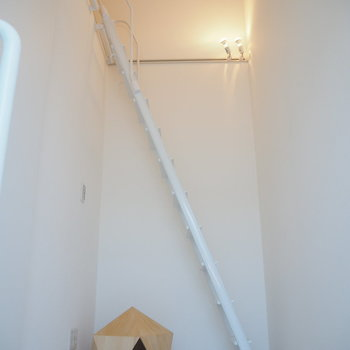 【3階】さらにロフトが付いてます!※写真は同間取り別部屋のものです