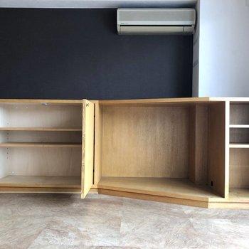 【LDK】この棚の上にテレビが置けますよ。※写真はクリーニング前のものです